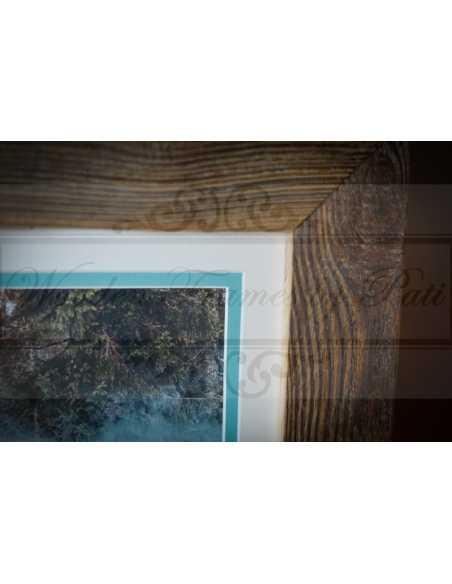Rendu final: photo noir et blanc dans un cadre vieux bois avec doubler passepartout bleu et blanc