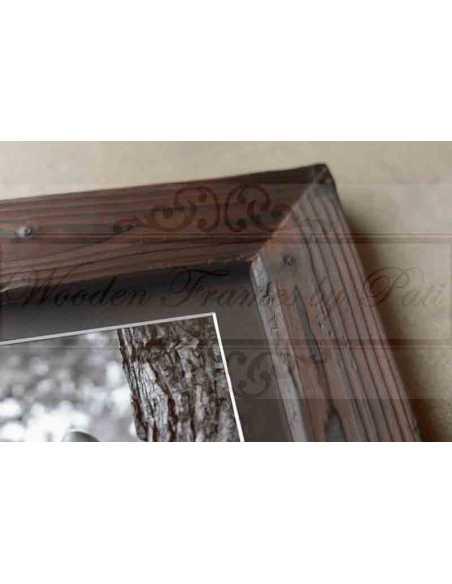 Cadre bois brûlé pour photos